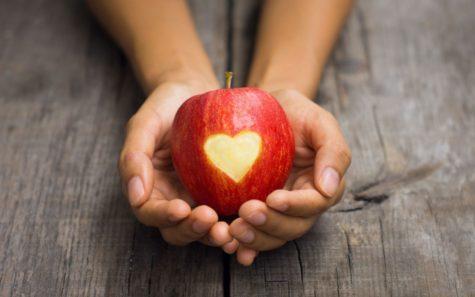 6961955-mood-apple-heart-girl