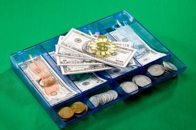 article-new_ehow_images_a07_53_0f_put-picture-play-money-800x800