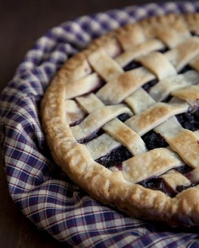 huckleberry-pie-small-400x500