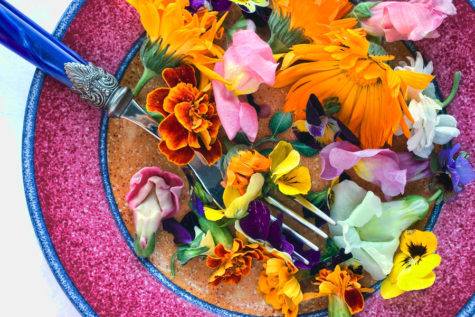 Flowers You Can Eat. edible-flowers-june-marie-sobrito