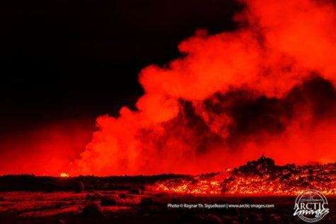 ht_iceland_volcano_008_kb_140912_3x2_1600