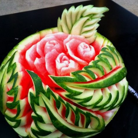 watermelon-carvings-art-scuplture-inspirationsweb-com-07-e1430372121494